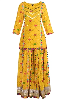 Yellow Embroidered Printed Lehenga Set by Ayinat By Taniya O'Connor