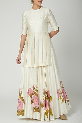 Off White Kurta With Printed Skirt by Baavli