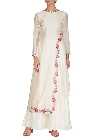 Off White Embroidered & Hand Painted Kurta With Pants by Baavli