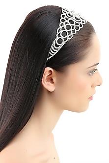 Rhodium plated stones jaal design elasticated headband by Bansri