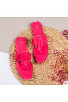 Hot Pink T Shaped Upper Kolhapuris by Bombay Brown