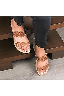 Brown Handcrafted Flat Sliders by Bombay Brown