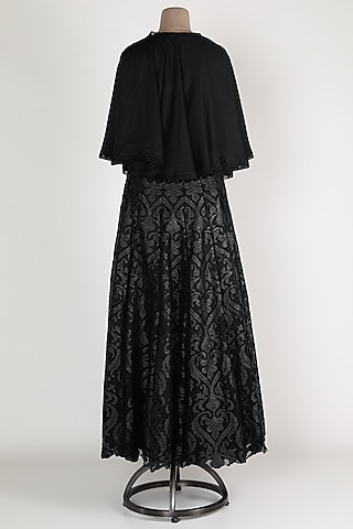 Black Embroidered Skirt Set by Abha Choudhary