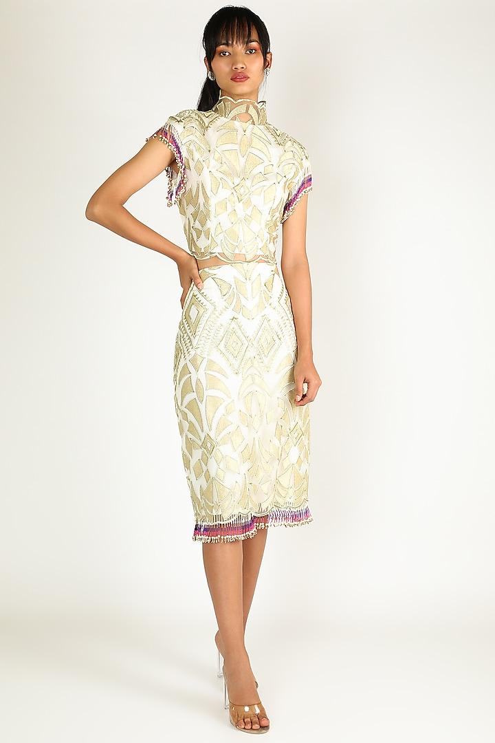 Gold Kasab Skirt Set by Abha Choudhary