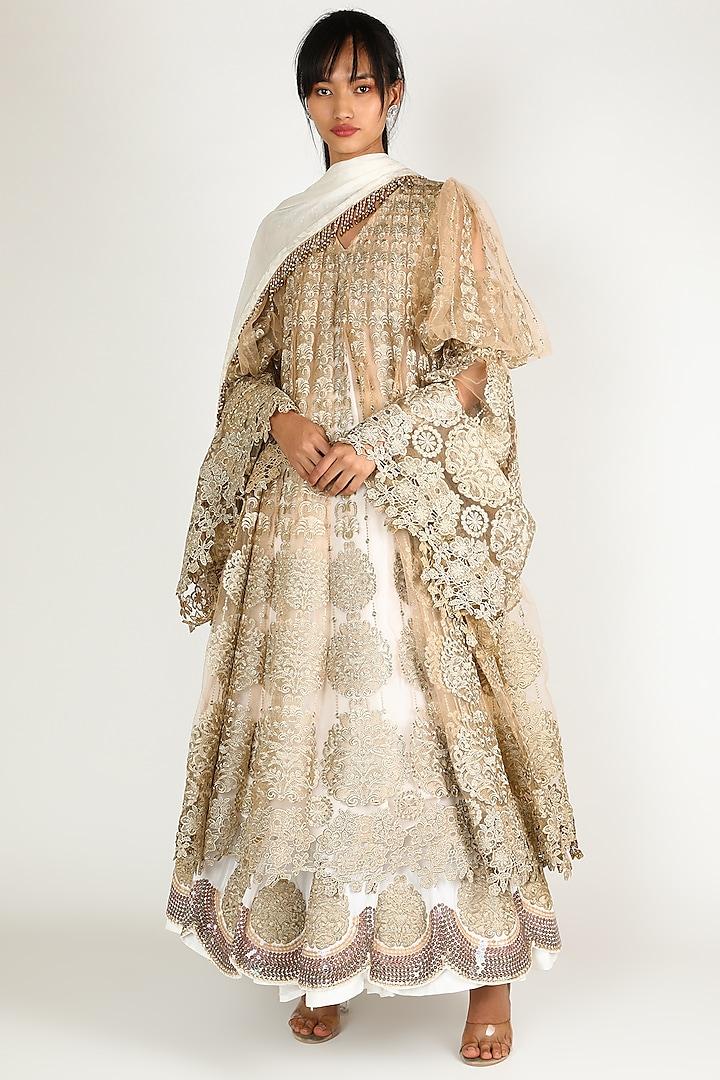 Golden Embroidered Kurta Set by Abha Choudhary