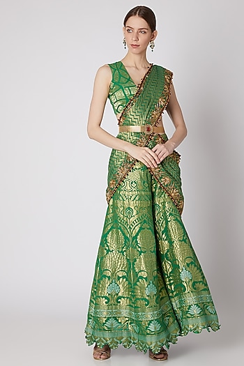 Emerald Green Embroidered Palazzo Pants & Blouse With Dupatta And Belt by Abha Choudhary