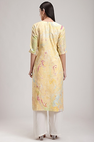 Yellow Handcrafted Marble Printed Kurta by Be True