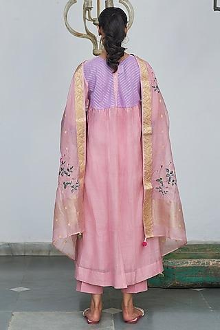 Prism Pink Embroidered Kurta Set by Begum Pret