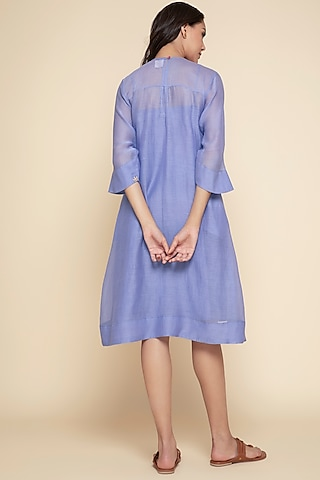 Periwinkle Blue Embroidered Kurta With Slip by Begum Pret