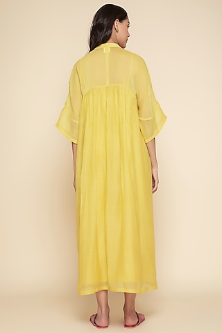 Yellow Embroidered Kurta With Slip by Begum Pret