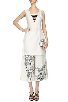 White Caged Neckline Tunic With Embroidered Flare Pants by Surendri by Yogesh Chaudhary X Baahubali 2