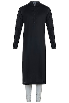 Black kurta with pants by BLONI