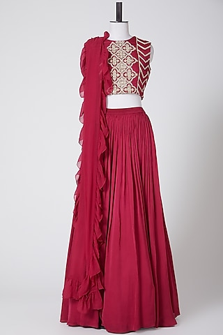 Red Embroidered Skirt Set by Bhumika Sharma