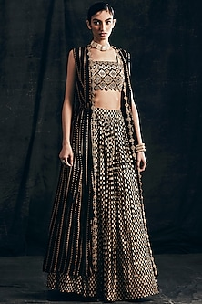 Black Embroidered Cape Set by Bhumika Sharma