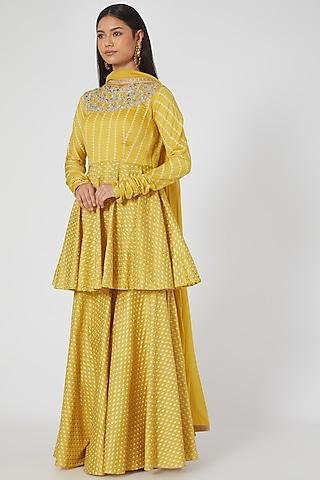 Yellow Embroidered Peplum Kurta Set by Bhumika Sharma