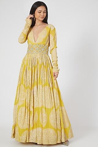 Yellow Printed Anarkali With Belt by Bhumika Sharma
