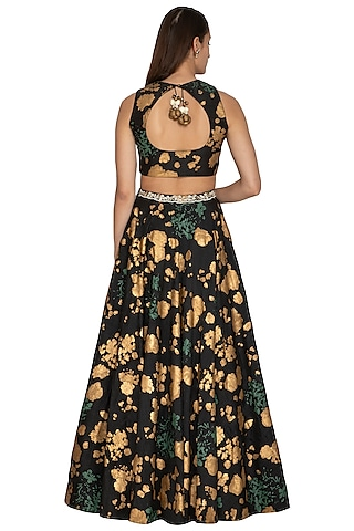 Black Floral Embroidered Lehenga Set by Bhumika Sharma