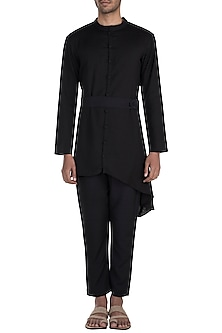 Black Tie-Up Kurta Set by Bohame