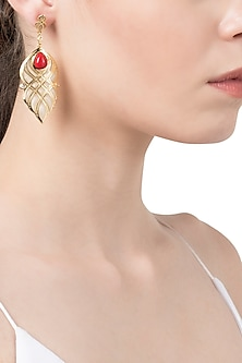 White and Red Curve Lines Earrings by The Bohemian
