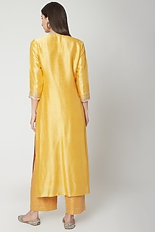 Yellow Embroidered Kurta Set by Breathe By Aakanksha Singh