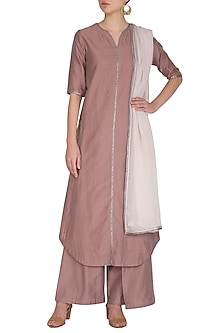 Rust Embroidered Kurta Set by Breathe By Aakanksha Singh