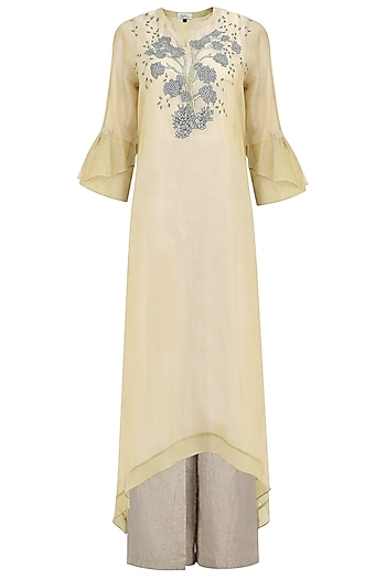 Beige Cuffed Sleeves Kurta by Breathe By Aakanksha Singh