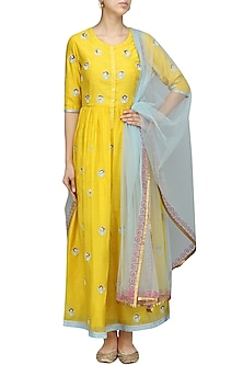 Yellow and Blue Embroidered Kurta Set by Breathe By Aakanksha Singh