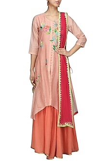 Peach and Coral Floral Embroidered Asymmetric Kurta and Jumpsuit Set by Breathe By Aakanksha Singh