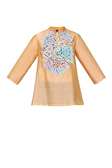 Peach Floral Embroidered Tunic by Breathe By Aakanksha Singh