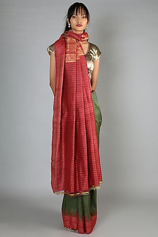 Green Tussar Ghicha Handloom Saree Set With Red Orange Palla by Chaturbhuj Das