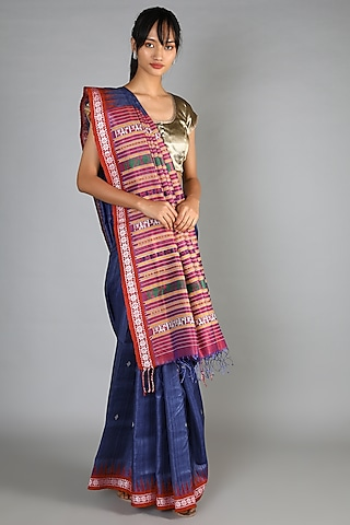 Deep Blue Tussar Handloom Saree Set With Weft Motif Magenta Palla by Chaturbhuj Das
