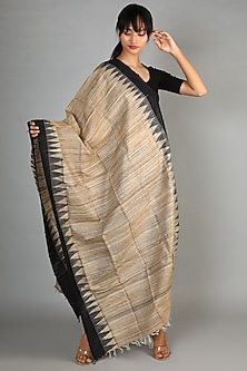 Natural & Black Tussar Ghicha Dupatta by Chaturbhuj Das