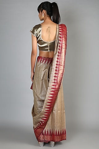 Beige Tussar Handloom Saree With Maroon Palla by Chaturbhuj Das
