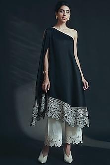 Black Embroidered Off Shoulder Kurta by Chandrima-CHANDRIMA