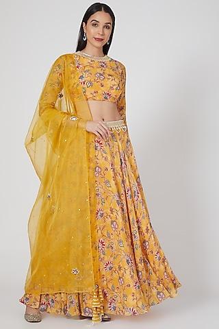 Yellow Printed & Embroidered Lehenga Set by Chhavvi Aggarwal
