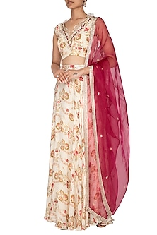 Off White Printed & Embroidered Lehenga Set by Chhavvi Aggarwal