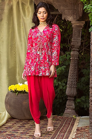 Red Printed Tunic With Pants by Chhavvi Aggarwal