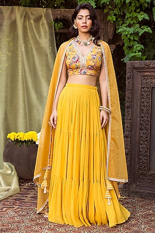 Yellow Printed Lehenga Set by Chhavvi Aggarwal
