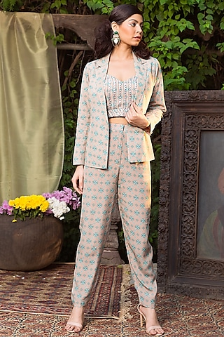 Grey & Blue Printed Suit Set by Chhavvi Aggarwal