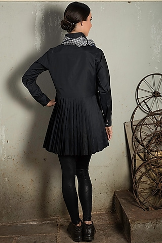 Black Mini Shirt Dress With Handmade Buttons by Chillosophy