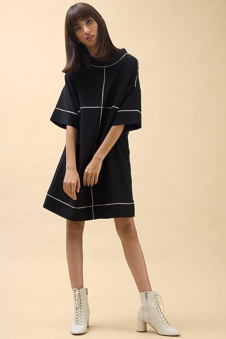 Black Mini Crepe Dress by Chillosophy