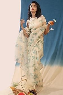 White Printed Saree Set by Chokhi Chorri