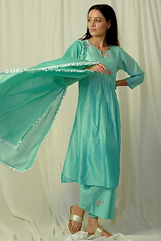 Green Ombre Embroidered Gathered Kurta Set by Charkhee