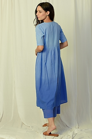 Blue Ombre Embroidered Kurta Set by Charkhee