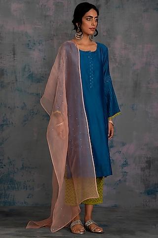 Egyptian Blue Embellished Pintuck Kurta Set by Charkhee