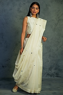 Off White Mirror Embroidered Saree Set by Charkhee
