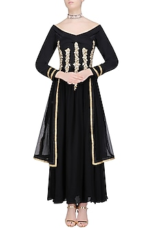 Black Embroidered Off Shoulder Anarkali Set with Embellished Choker by Chhavvi Aggarwal