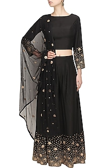 Black zardozi and sequins embroidered crop top and palazzo pants set by Chhavvi Aggarwal