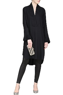 Black pleated micro checks tunic by Chillosophy