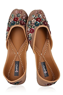 Gold Hand Embroidered Juttis by Coral Haze
